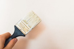 decorating-with-paint-brush